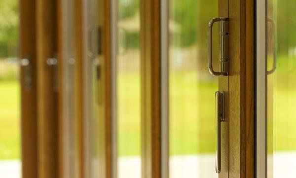 Timber-bi-folding-doors